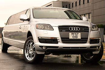 Chauffeur stretched silver Audi Q7 Sport limousine hire in Glasgow, Edinburgh, Scotland