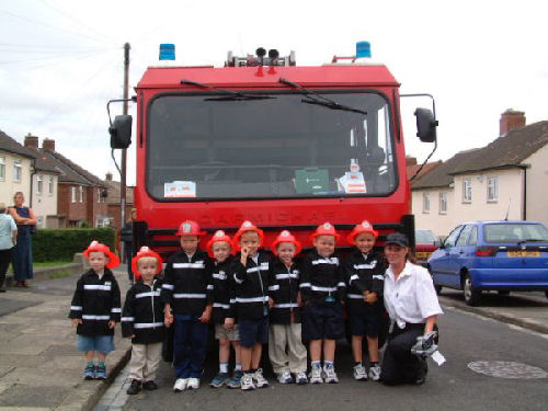 Red Fire Engine limousine hire in Newcastle, Sunderland, Durham, North East for children's party